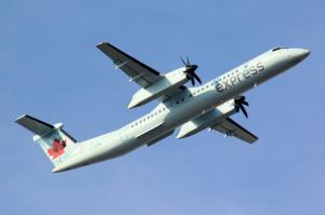 Air-Canada-Express-Jazz-Aviation-LP-Bombardier-DHC-8-402-Q400-C-GGMN