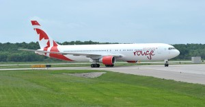 AIR CANADA ROUGE - Air Canada rouge's first newly painted Boeing