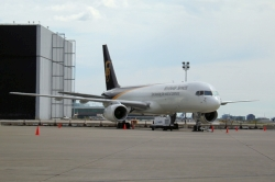 United Parcel Service UPS Boeing 757-24APF N465UP