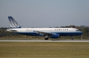 United Airlines Airbus A-320-232 N496UA