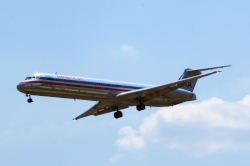 American Airlines McDonnell Douglas MD-83 N571AA
